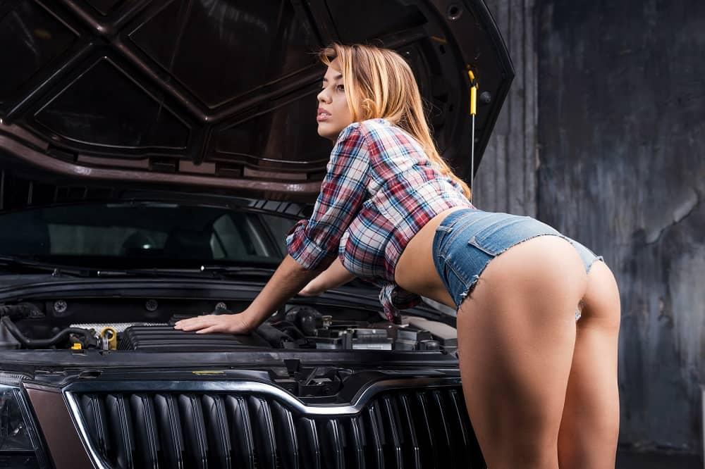 erotične zgodbe pokvarjen avto
