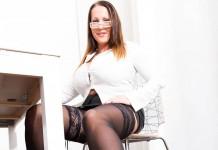 Eroticna zgodba Pohotna tajnica Doris