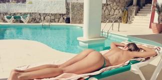 mikro bikini in tangice na plazi