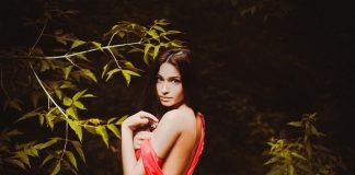 erotične zgodbe sex v gozdu